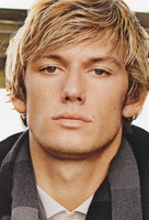 Alex Pettyfer hot