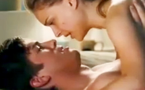 Ashton naked hot sex with Natalie Portman - No Strings Attached