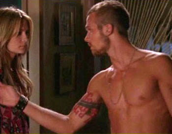 Watch HD Cam Gigandet naked clips!