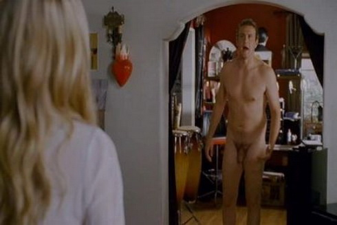 See Jason Segel full frontal in detail.
