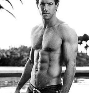 Ryan Reynolds shirtless gallery