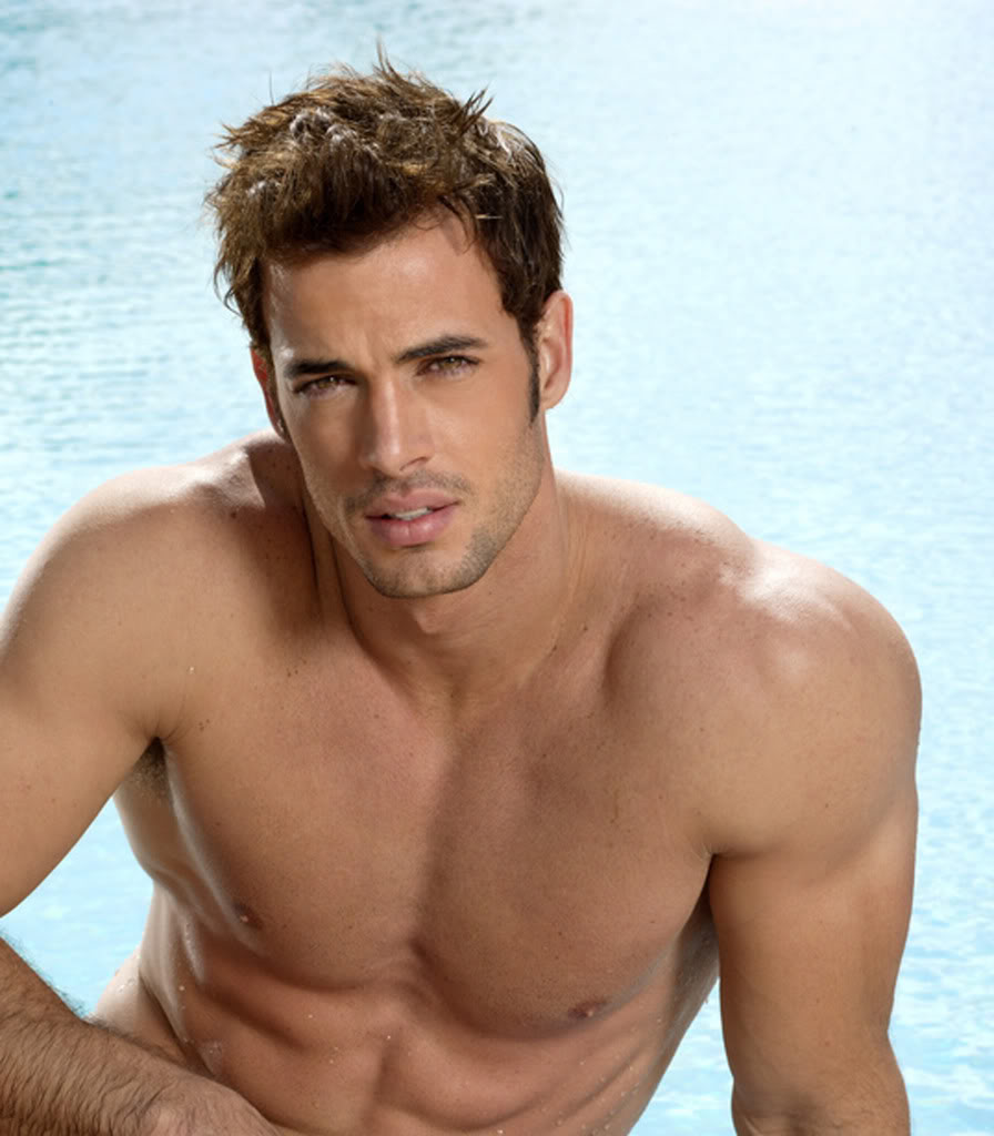 william-levy-shirtless